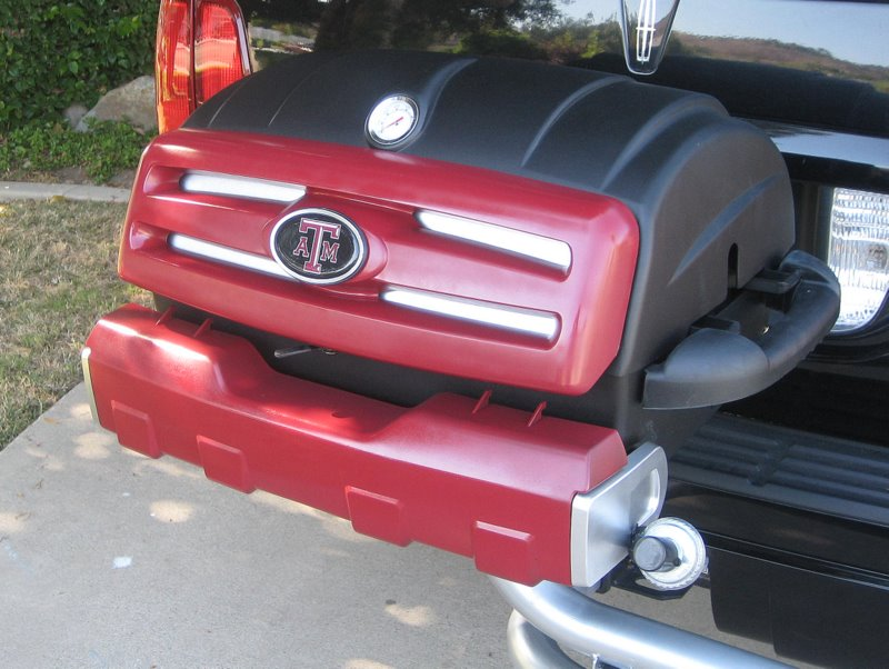 Tailgating Grill with Texas A&M Colors