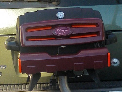 VT_Tailgate_Grill_02