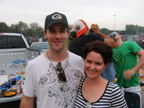 James Van Der Beek tailgating Photo bomb