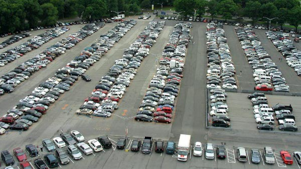 Shea Stadium Parking Lot Full
