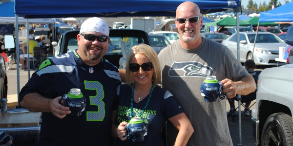 Seattle Seahawk fans tailgating with Seahawk FanMugs